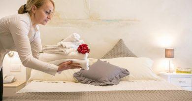 Проверка гостиничного номера на чистоту: чем обработать самые грязные места