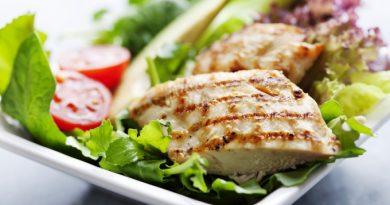 Курица в конверте по-гречески: изысканный ужин на скорую руку
