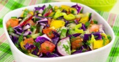 Заряд бодрости: витаминный салат из краснокочанной капусты