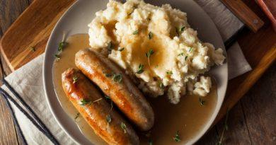 Английская луковая подлива - универсально ко многим блюдам