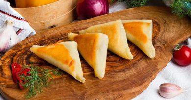Греческие пирожки с брынзой и шпинатом