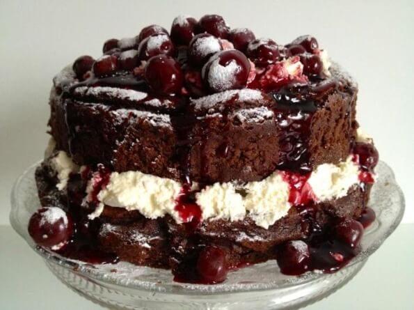 Шварцвальдский шоколадный торт «Черный лес»
