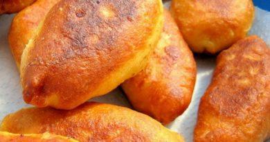 Ленивые пирожки с сыром и сосисками