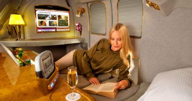 Как летать по билетам эконом-класса в бизнес-классе