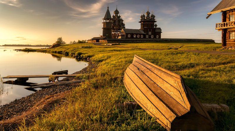 10 причин отправиться в отпуске в турне по России