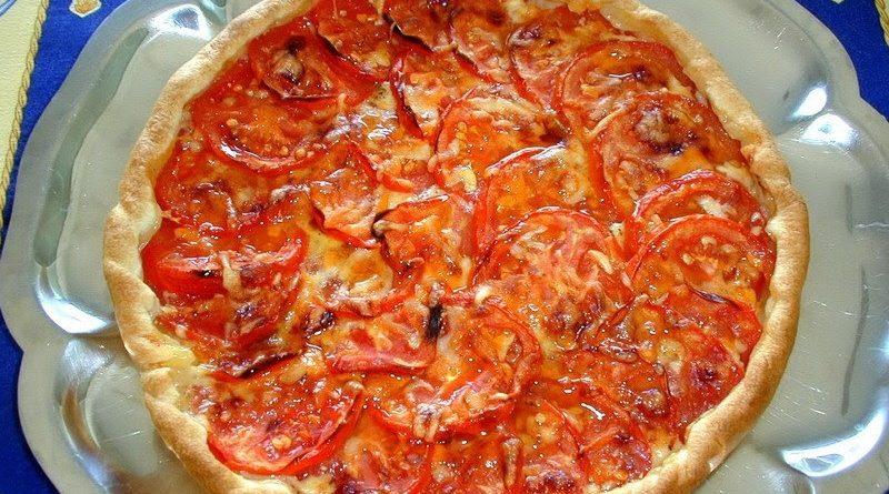 Сырно-помидорный пирог