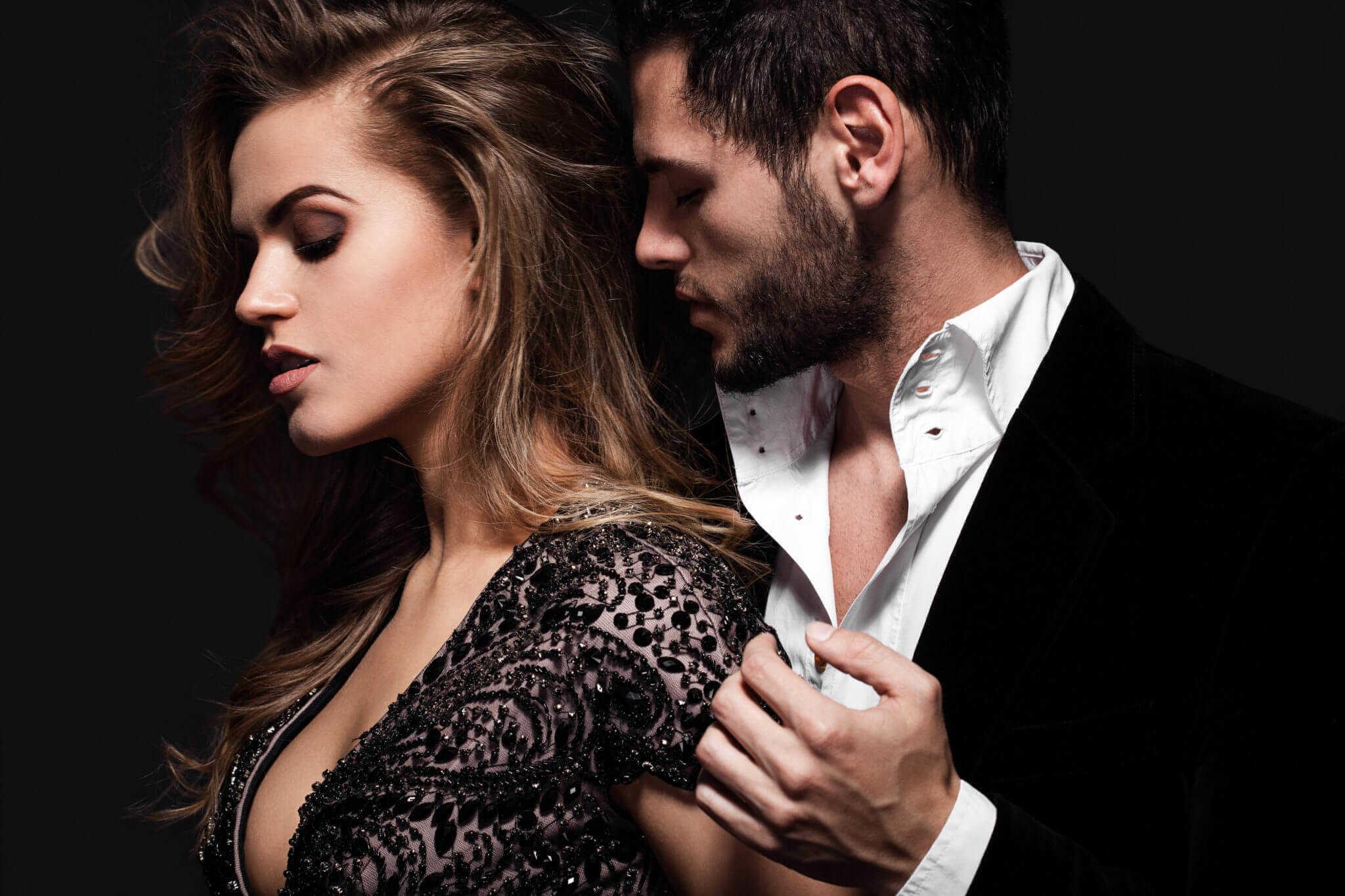 Фотографии красивые женщины с мужчиной жена разрешает другу