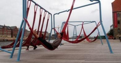 10 скамеек со всего света, от которых у туристов захватывает дух