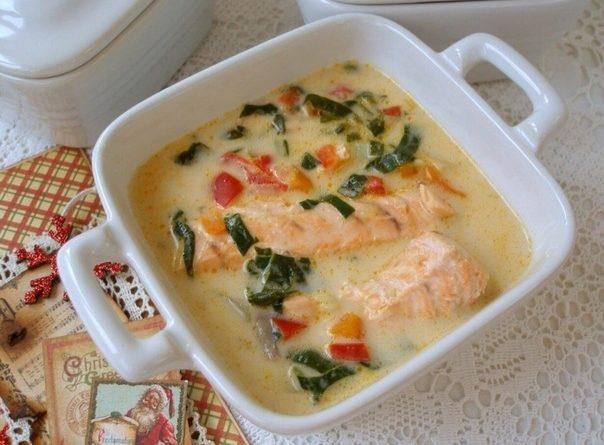 Легкий сырный суп с лососем