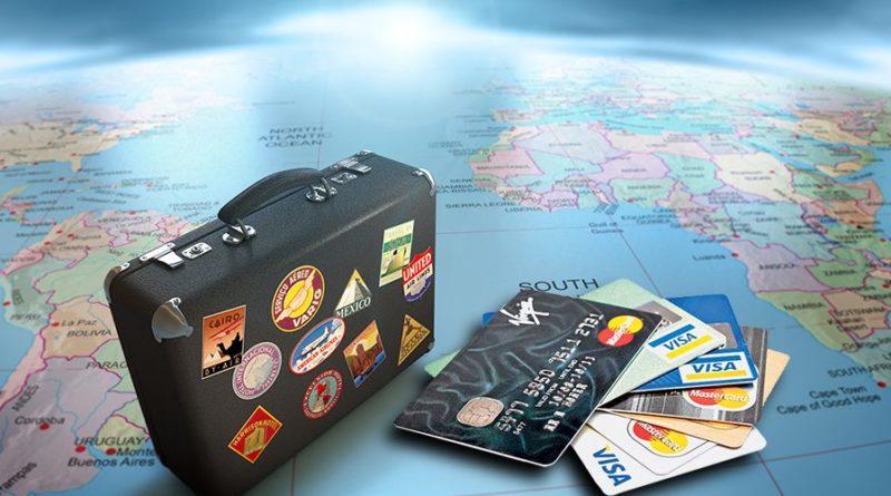 Почему нужно уведомлять банки, если планируете поехать в отпуск за границу