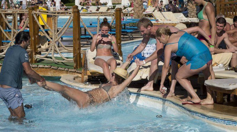 Типичные ошибки русских туристов в отелях за границей