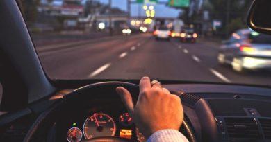 5 советов как избежать аварии, если на вас летит автомобиль со «встречки»