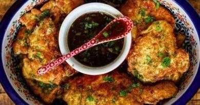 Куриные отбивные с винным соусом