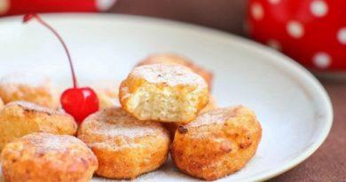 Пышные творожные пончики к завтраку