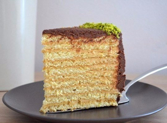 Медовый торт с нежным кремом