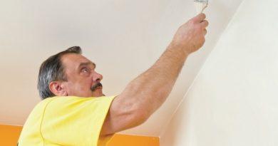 Как просто удалить следы желтых пятен на стене и потолке