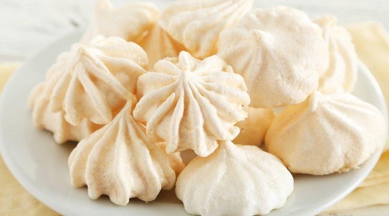 Рецепт печенья с безе и орехами