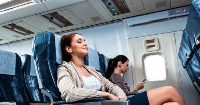 7 негласных правил хорошего тона в самолете