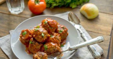 Быстрые тефтели в остром томатном соусе, идеально к пасте