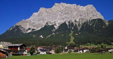 Как добраться поездом на самую высокую гору Германии