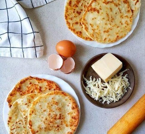 Горячие сырные лепёшки