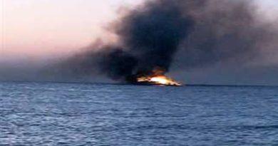 В Египте на Красном море сгорела яхта с туристами