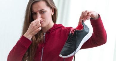 Зачем прятать кусочки мыла в ботинки