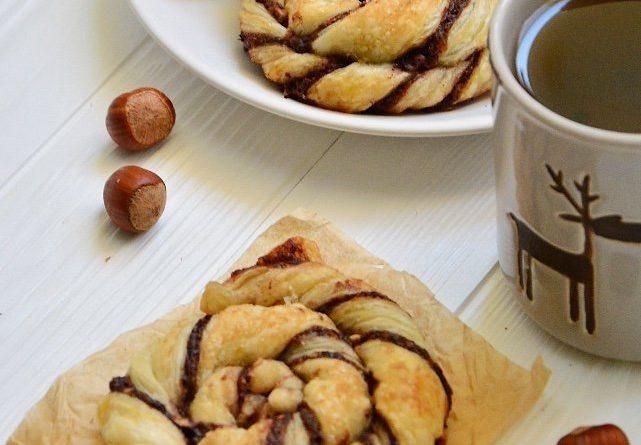 Датские булочки с шоколадной пастой