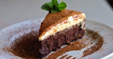 Трюфельный торт с муссом из белого шоколада