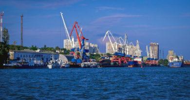 Почему Ростов называют портом пяти морей