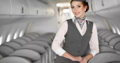Сложно ли работать стюардессой