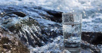 В какой стране мира больше всего пресной воды? И это не Россия