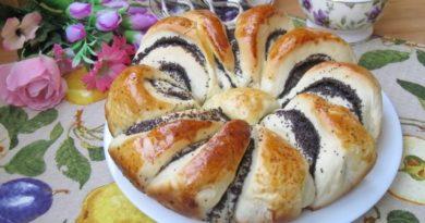 Пирог-цветок с маком
