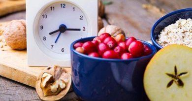 Поздний ужин: 15 продуктов, которые полезно есть на ночь