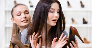 4 привычки покупателей, которые бесят продавцов в магазинах одежды