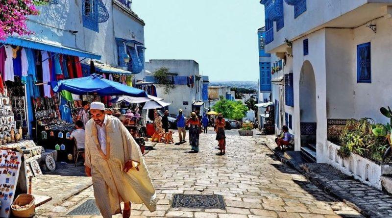 Границы Туниса для туристов будут открыты в июле