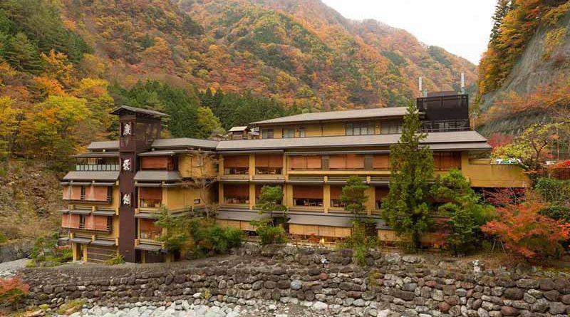 Как выглядят самые старые в мире гостиницы