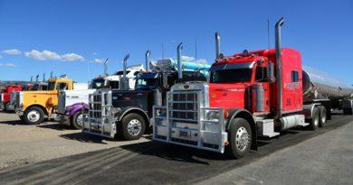 Самая большая в мире стоянка грузовиков