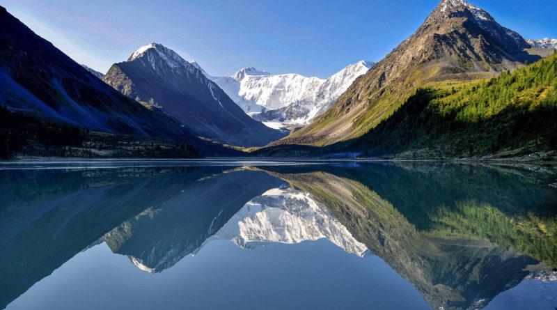 Где находятся самые красивые горы России?