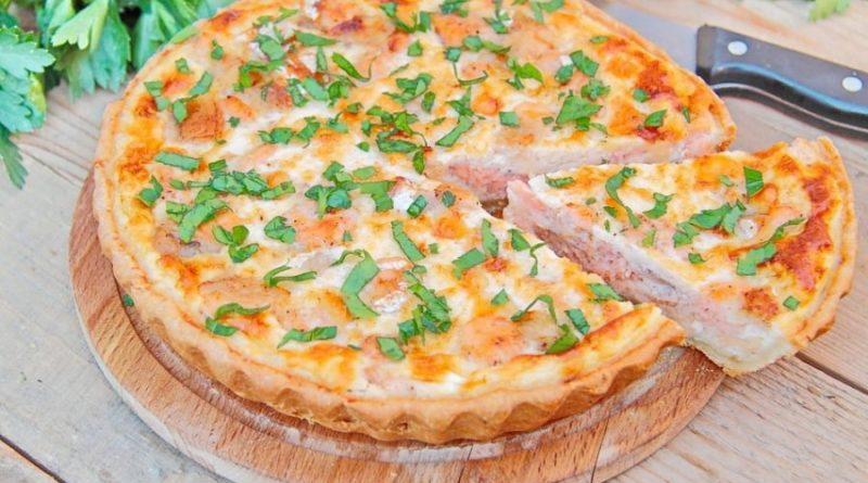 Киш с лососем — простой и вкусный пирог на ужин