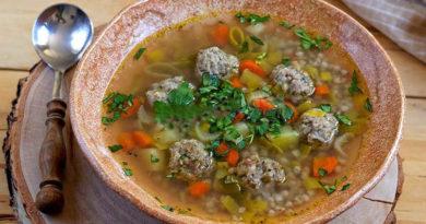 Гречневые супы с фрикадельками