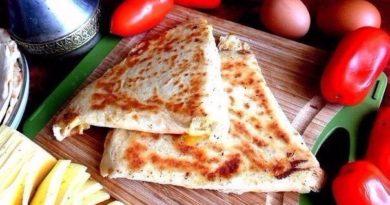 Армянская закуска из лаваша с сыром