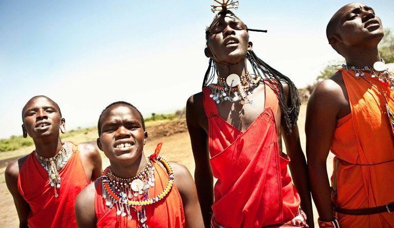 Почему в кенийском племени Масаи все плюются
