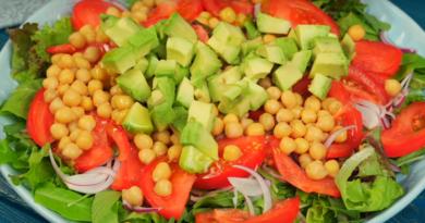 Аппетитный салат к ужину: вкусно и полезно