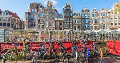 Что непременно нужно сделать, приехав в Амстердам