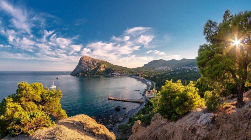 Названа стоимость путешествия в Крым «дикарями»