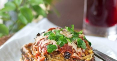Баклажаны-пармезан в томатном соусе