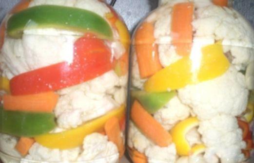 Закуска консервированная из овощей с цветной капустой