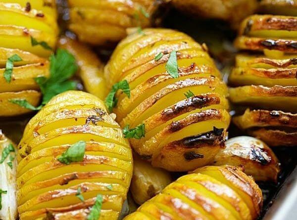 Запеченный картофель в медово-лимонной глазури