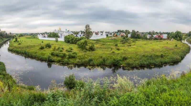 Созвездие малых городов России: куда поехать и что привезти